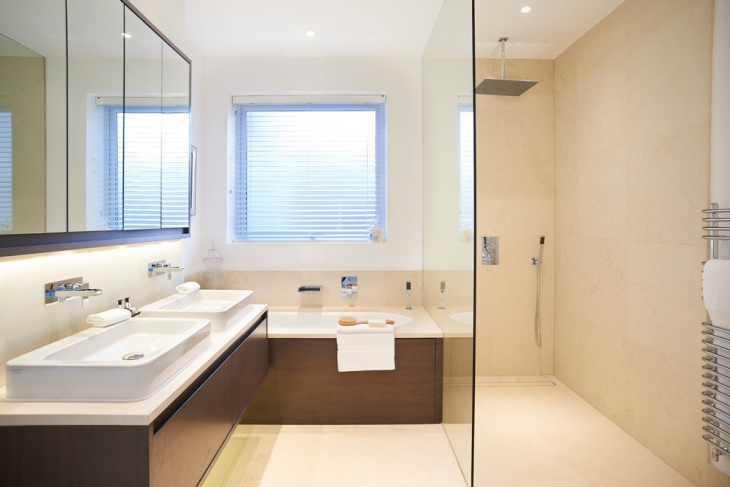 small master bathroom for apartments