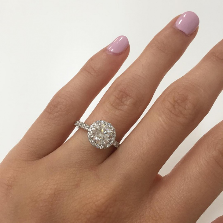 Engaged Diamond Ring Design