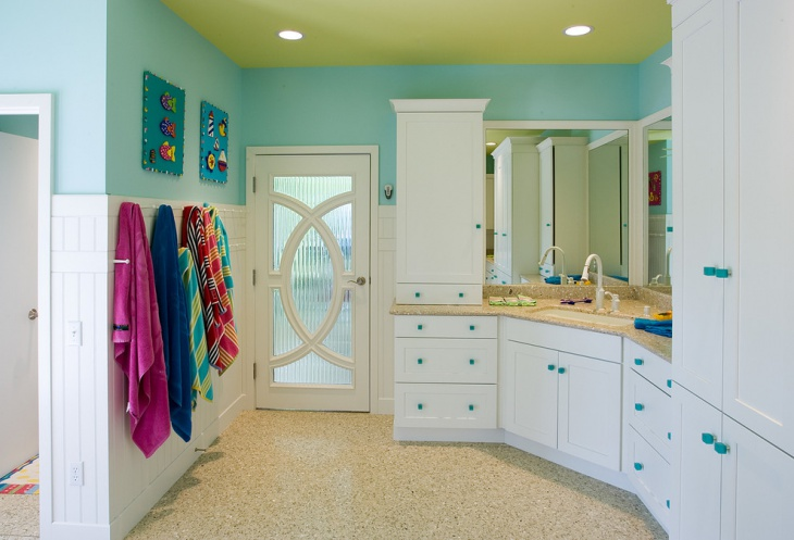 beach style bathroom design image