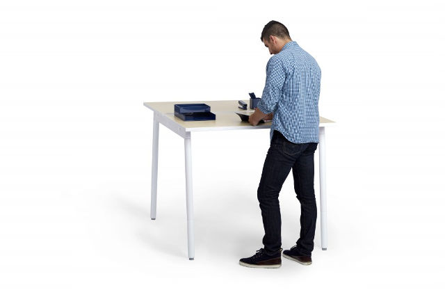 6_Series-A-Desk-System-by-Poppin-1024x683