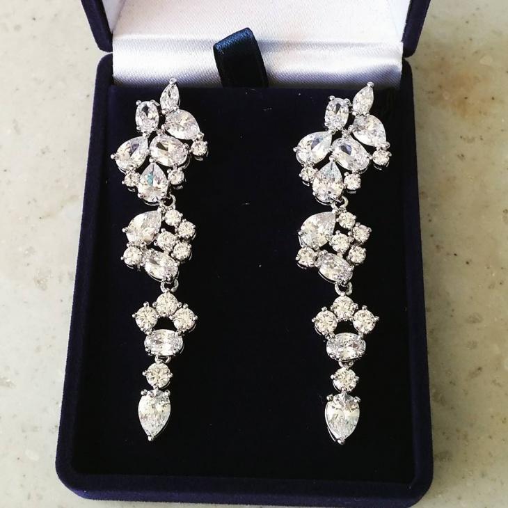 Pretty Wedding Earrings Idea