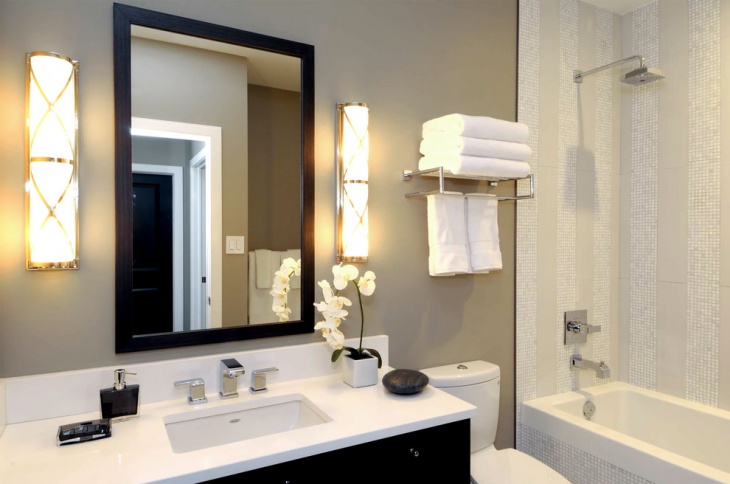 White Color Towel Designs For Bathroom