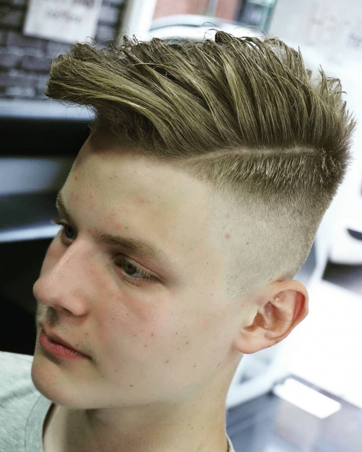 combover side fade hairstyle