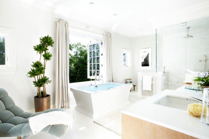 White Color Large Spa Bathroom