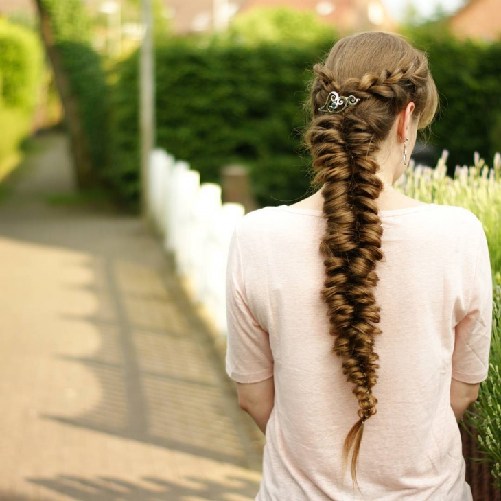 Beautiful Long Hairstyle Design