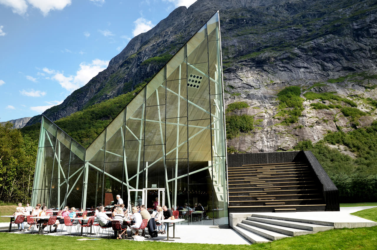 Norway's OutDoor Restaurant Design