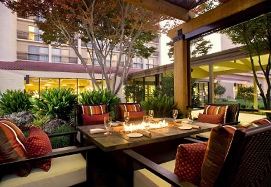 Luxury Elegant OutDoor Restaurant Design
