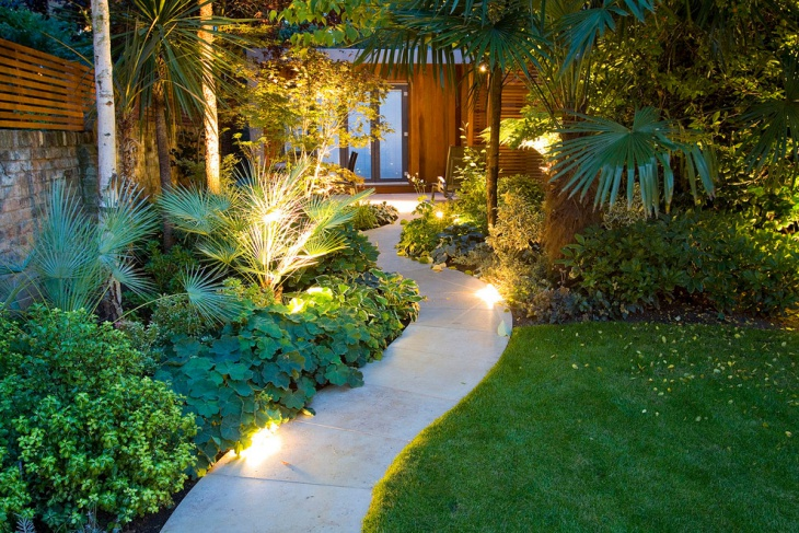 Tropical Backyard Landscape Walkway