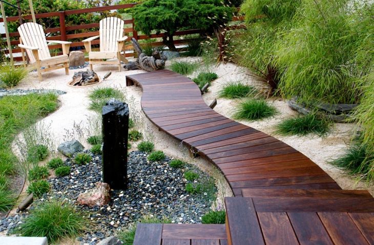Wooden Path For Beach Style Garden