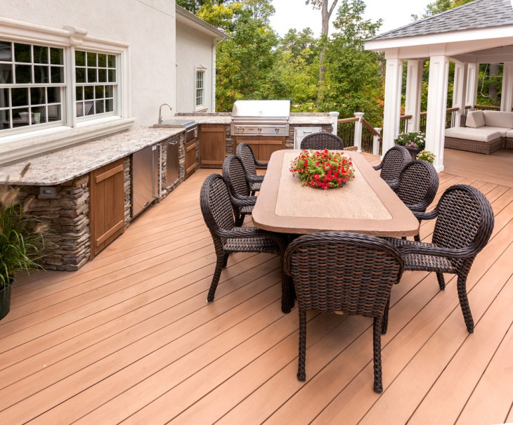 Outdoor Kitchen and Dining Place Deck