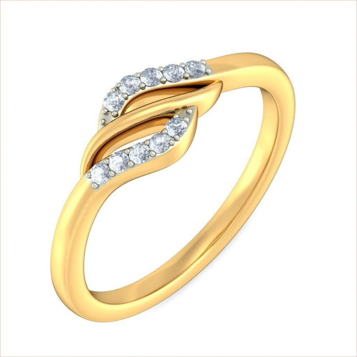Beautiful Triple Vivacity Ring