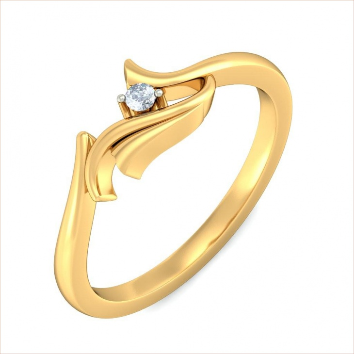 Exquisite Raga Gold Ring Design