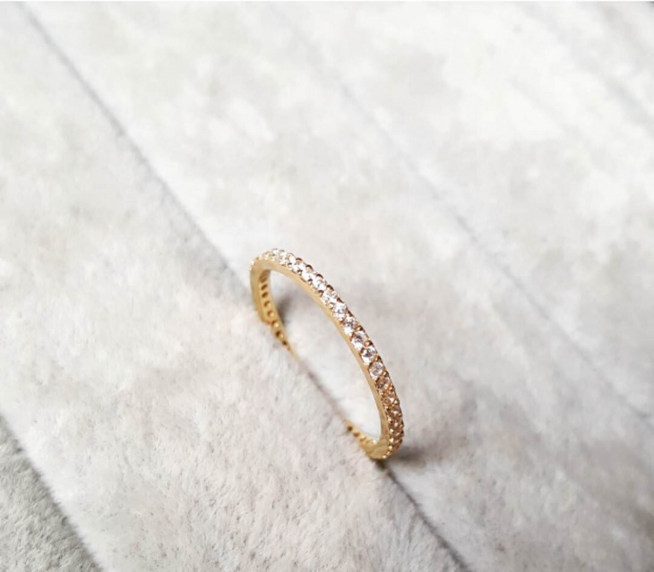 Single Line Gold Ring Design
