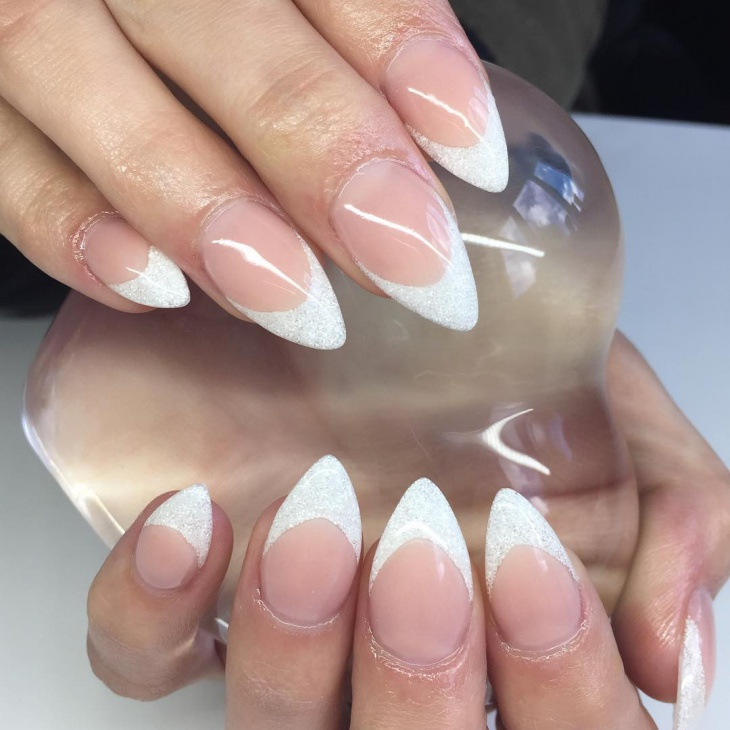 Pointed Acrylic Finger Nail Art.