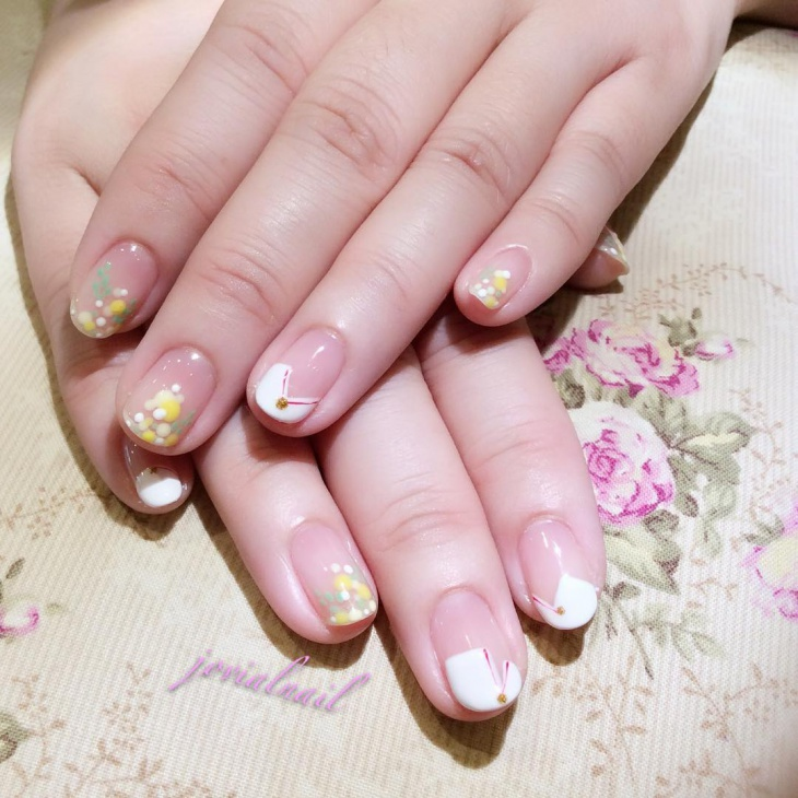 French Dotted Nail Design Idea