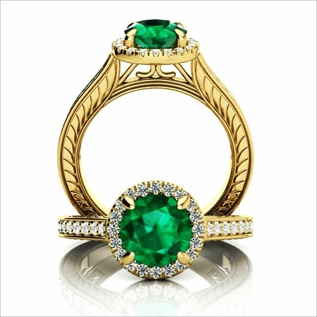 green stone engagement ring1