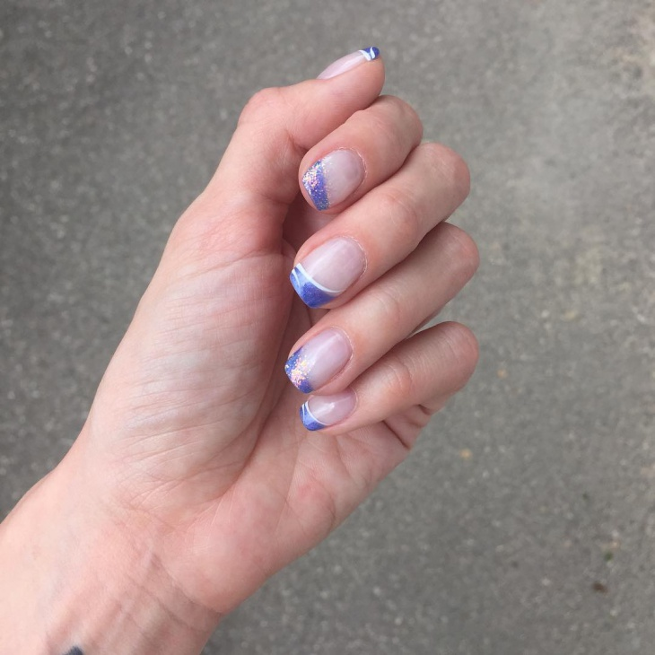 Simple Blue Tip Nails