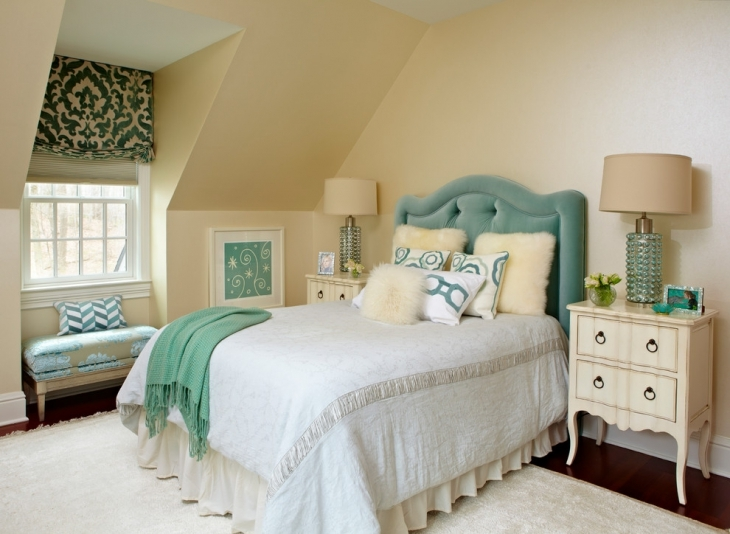 Traditional Bedroom For Small Space