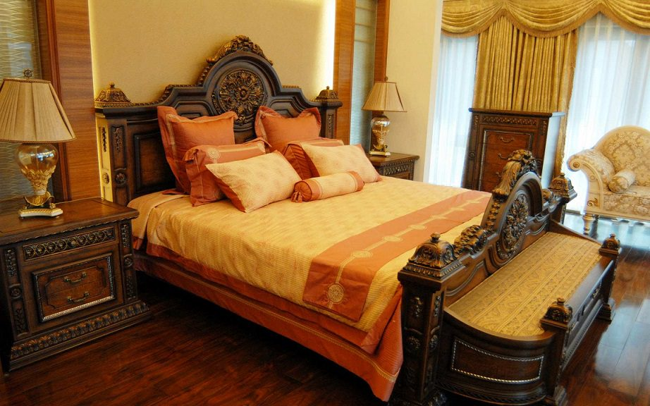 15 royal bedroom designs decorating ideas design for New style bedroom bed design