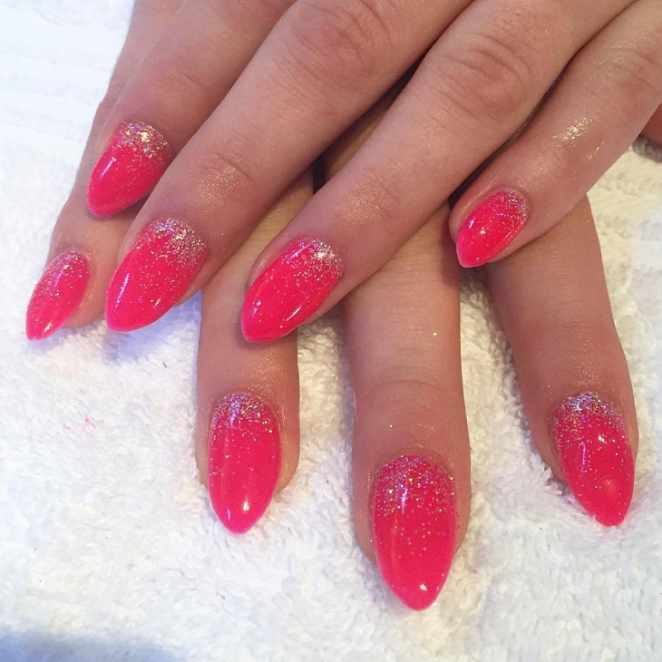 Pink Glittering & Sparkle Nail Design