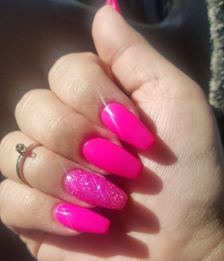 Dark Pink Sparkle Nail Design