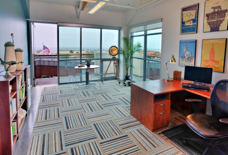 Large Commercial Office Decorating Idea