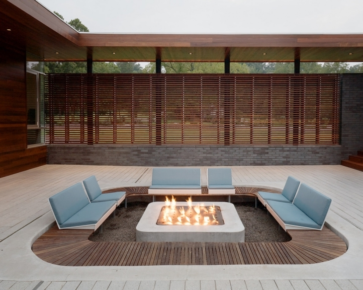 Outdoor Conversation Fire Pit