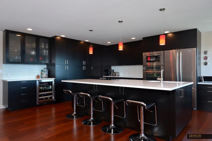 Black Kitchen Red Island
