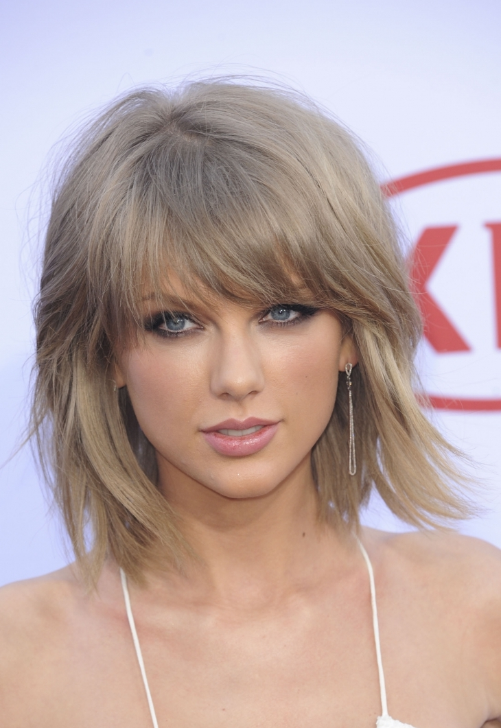 Taylor Swift Choppy Hair