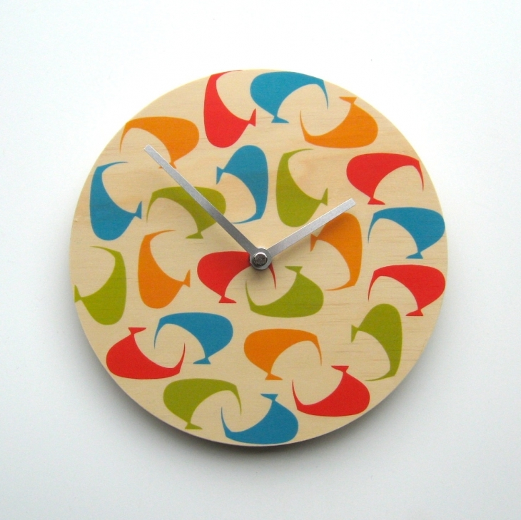 Retro Circular Wall Clock