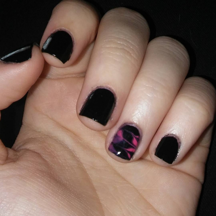 Dark Black Nail Art