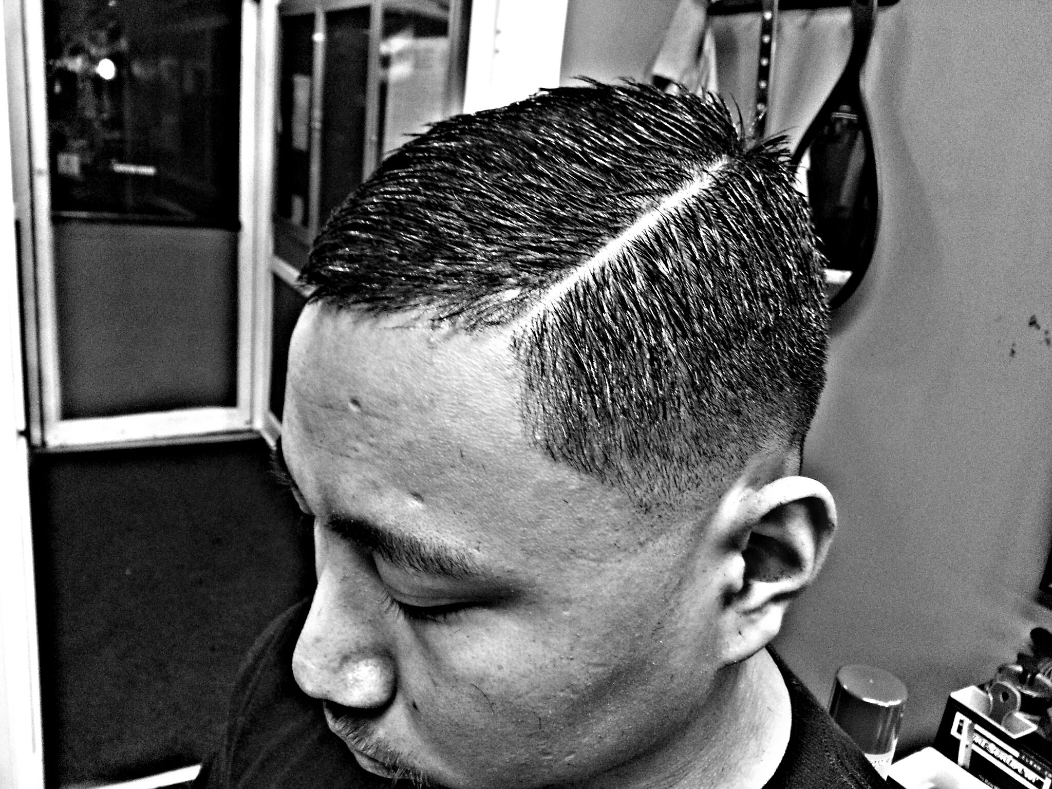 Tapered Haircut for Black Men1