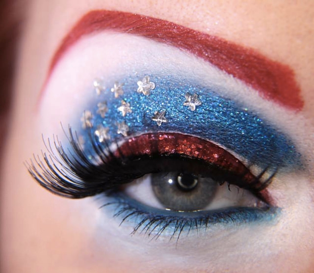 Cool Inspired Make Up Design