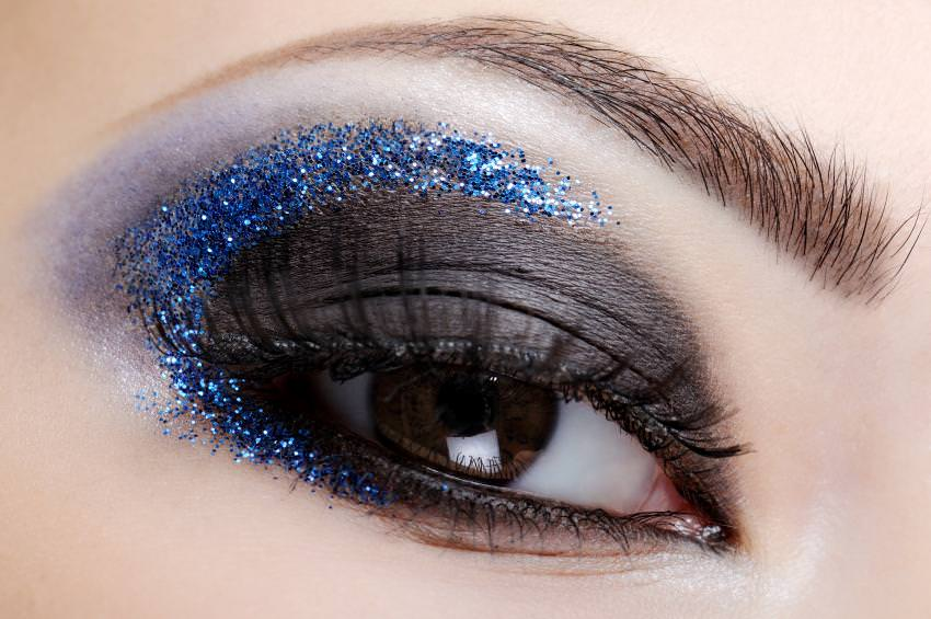 Cool Blue Eyeshadow Make Up Design