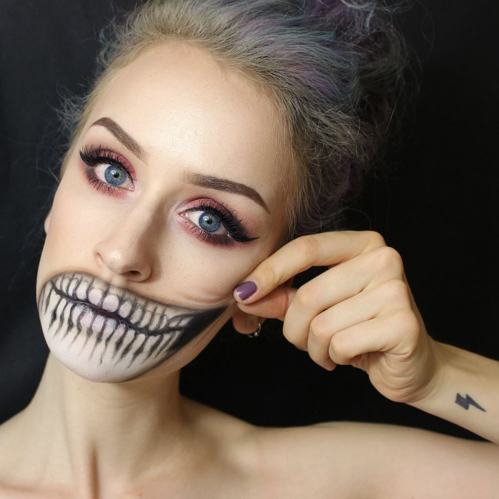 Halloween Cool Make Up Design
