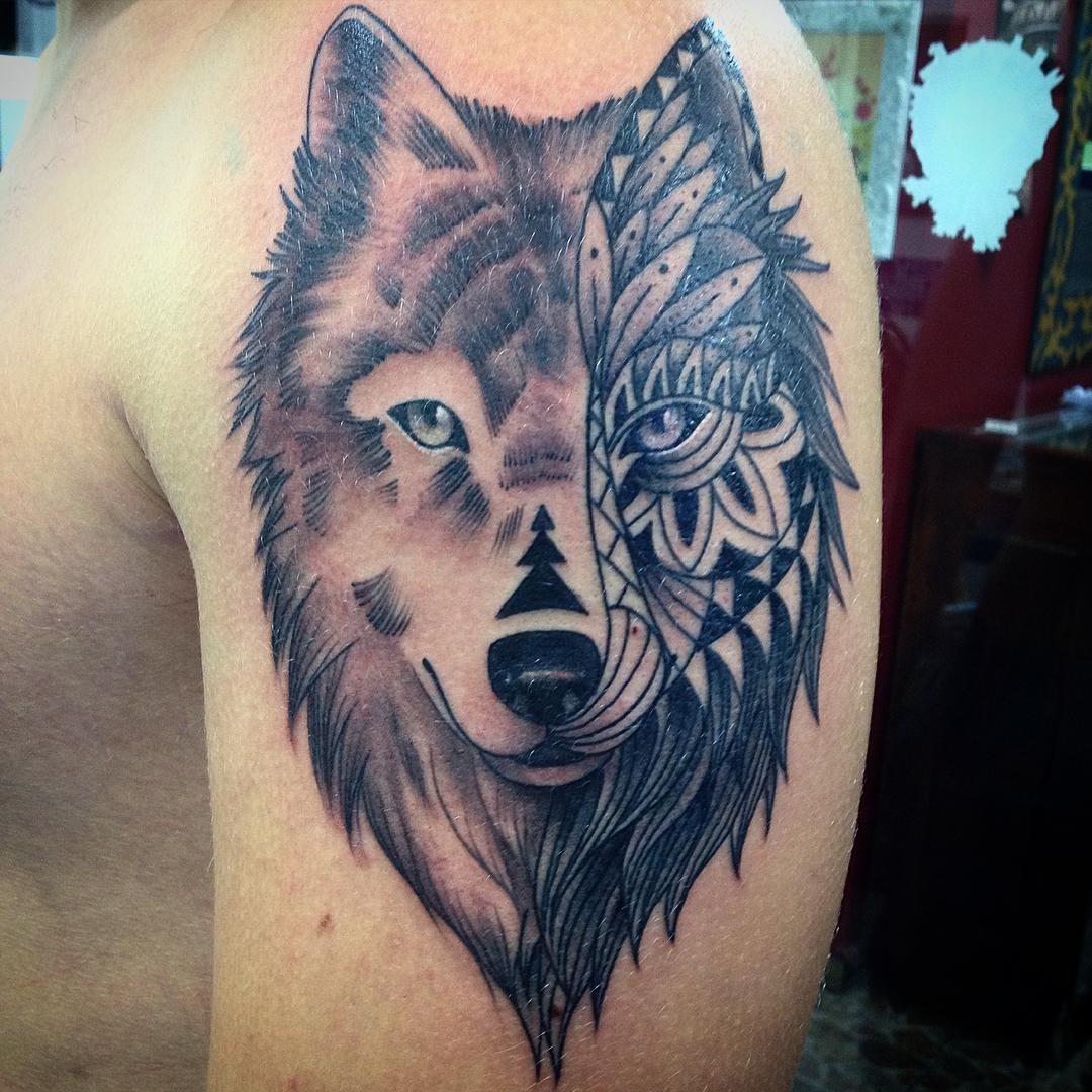 New Black Wolf Tribal Tattoo Design