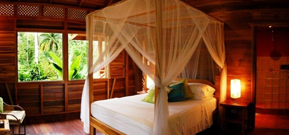 Treehouse Summer Bed Design