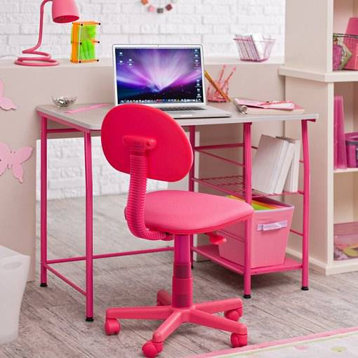 Kid Study Table Design With Pink