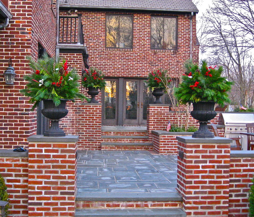 22 flower pot garden designs decorating ideas design for Holiday home garden design