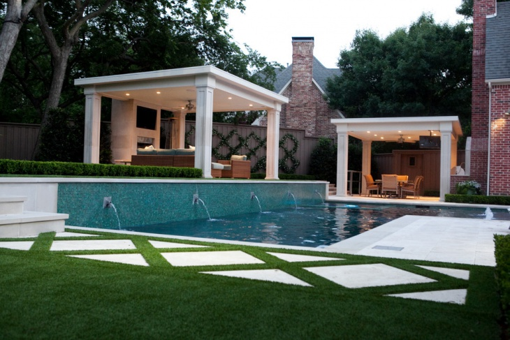 Transitional Home Outdoor Design