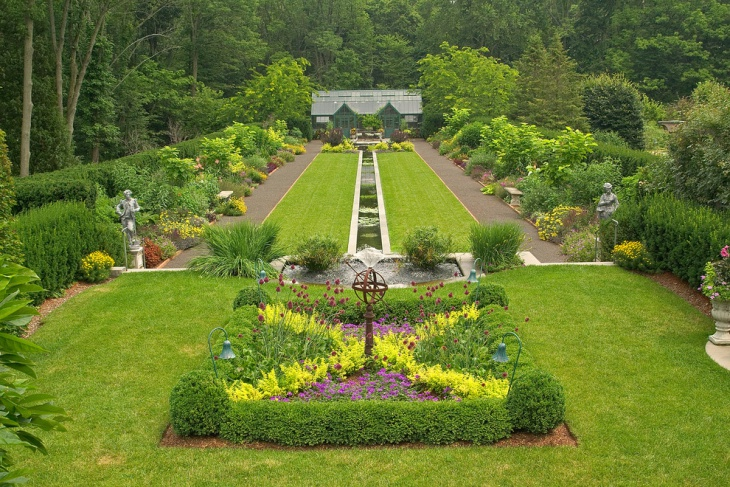 large formal garden design