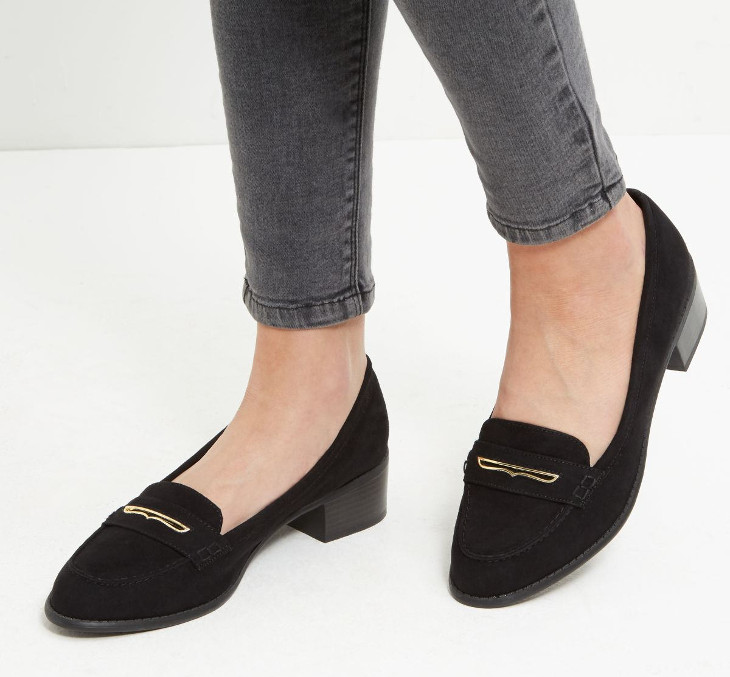 black mid heel shoes design