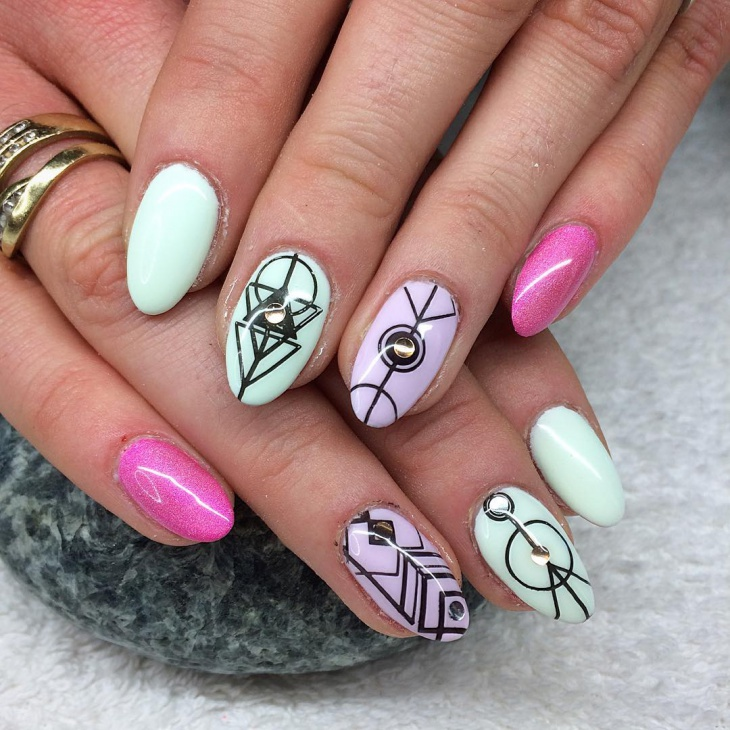 glitter aztec nail design