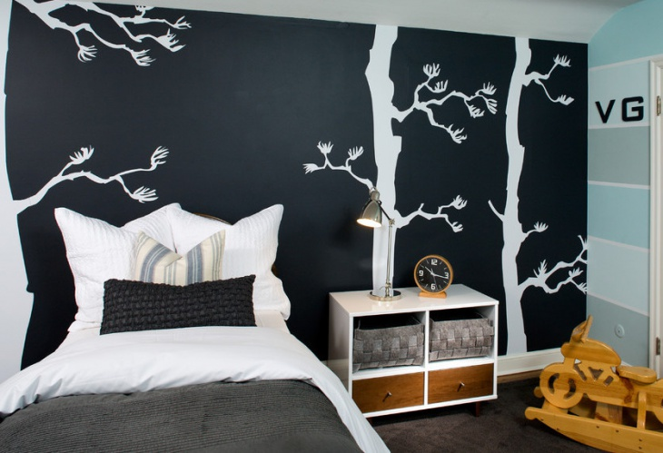 Black and White Wall Design Idea