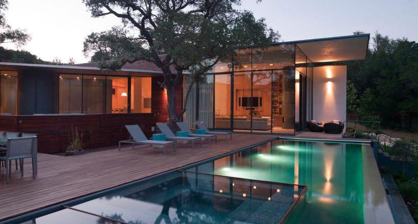24+ Backyard Swimming Pool Designs | Outdoor Designs | Design Trends ...
