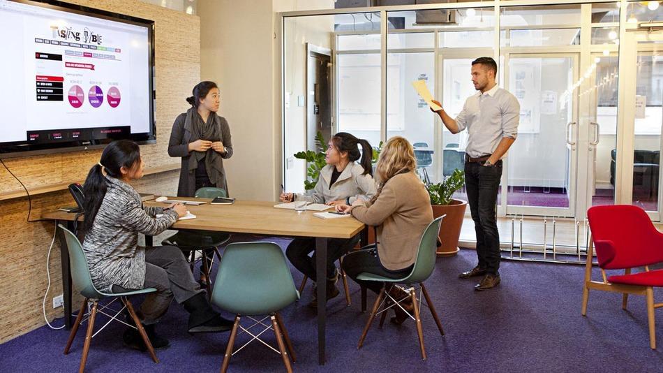 office meeting wall design