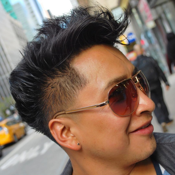 Cool Side Shaved Hairstyle Design