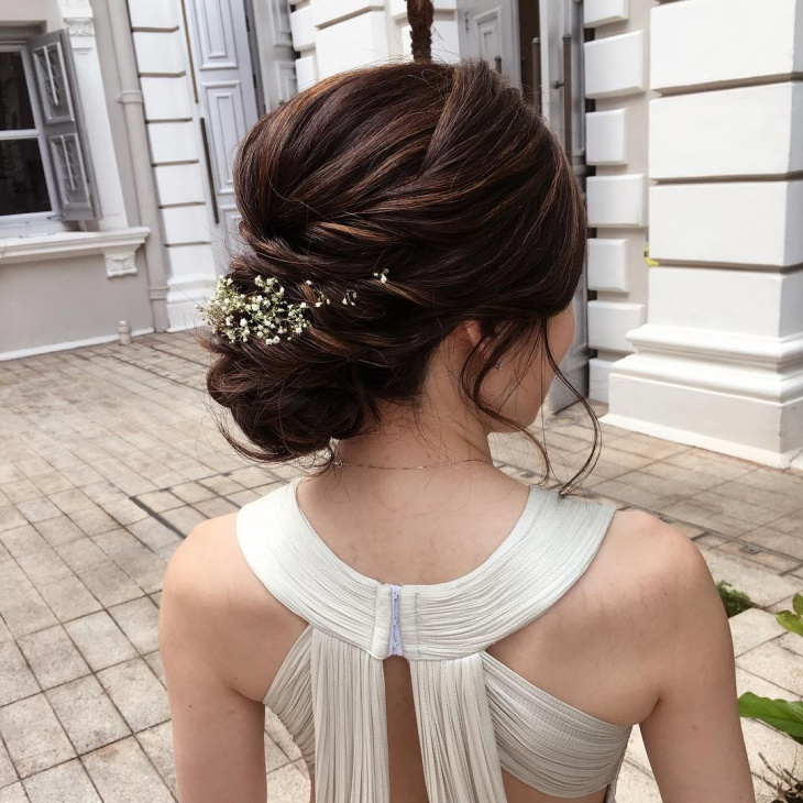 Lovely Long Hairstyle For Bride