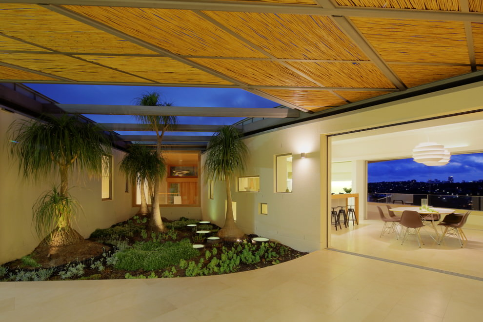 Bantry-Bay-contemporary-dining-room-sydney