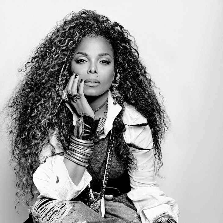 Janet Jackson Curly Hairstyle